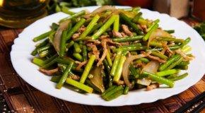 Салат из стрелок чеснока по-корейски – 3 рецепта
