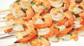 Креветки на мангале – полезные рецепты