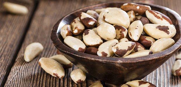 Бразильский орех – польза, вред и правила выбора