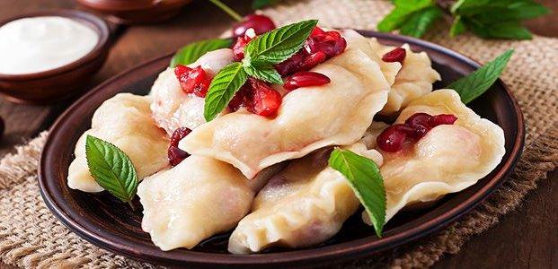 Вареники на кефире – рецепты простого блюда
