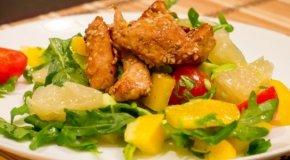 Салат с помело – 4 легких и полезных рецепта