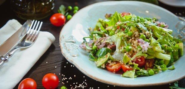 Салат с рукколой и авокадо – 6 рецептов легкого ужина