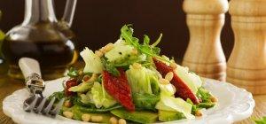 Салат с бальзамическим уксусом – 4 простых рецепта