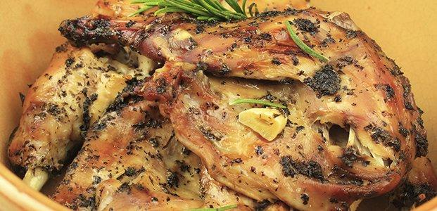 Кролик в духовке — вкусные рецепты мяса