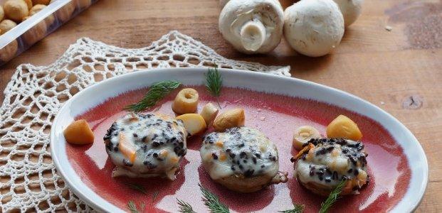Фаршированные шампиньоны в духовке – 7 рецептов к празднику