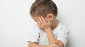 Аутизм — причины, симптомы и развитие ребенка