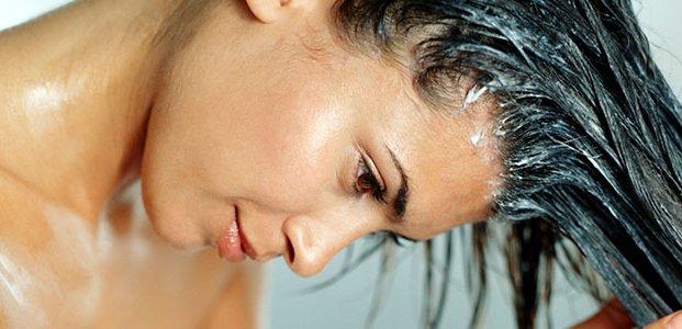 Маски от выпадения волос: 10 лучших рецептов