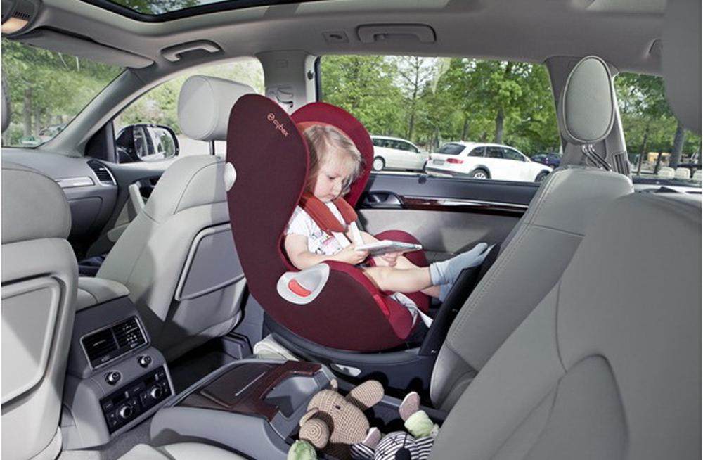 Как установить детское автокресло