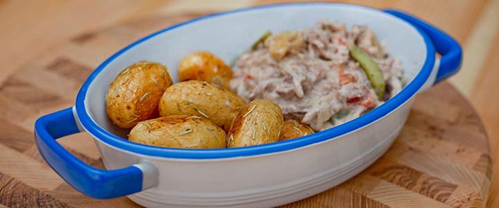 Бефстроганов из говядины с картошкой