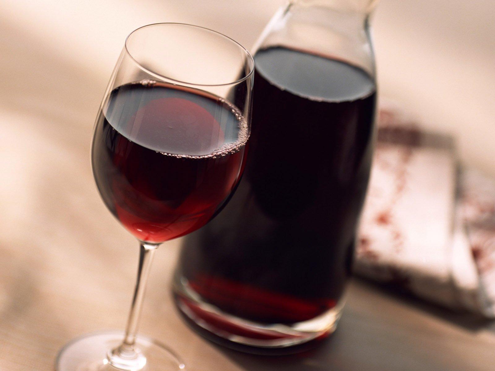Домашнее вино из старого варенья изоражения