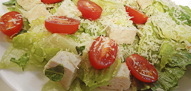 Салат Цезарь с курицей без хлеба