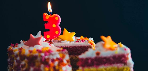 Что подарить ребенку на 3 года: идеи для радости