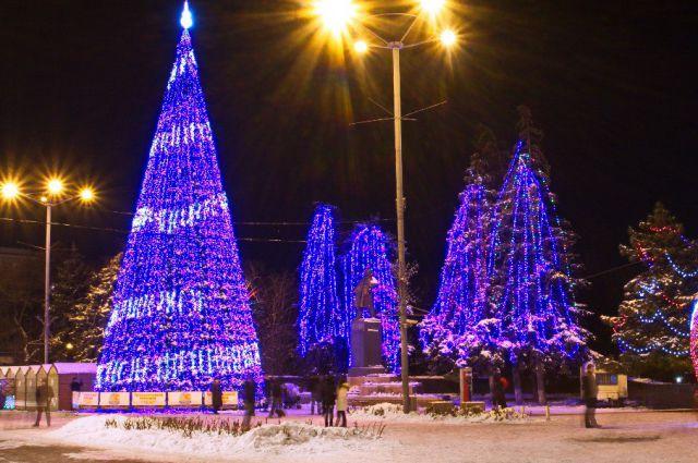 Новогодние елки для детей 2016 Ростов