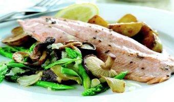 Форель на мангале – рецепты полезной рыбы
