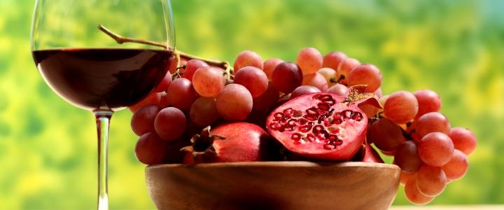 Фруктовое вино с гранатом