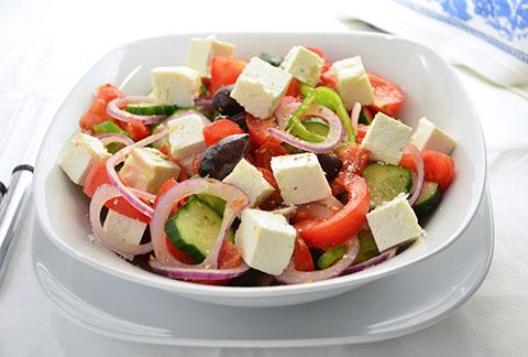 Греческий салат-рецепт