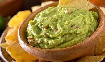 Гуакамоле из авокадо – 4 рецепта сочного соуса