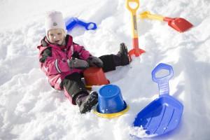Игры зимой на улице для детей