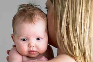 Причины икоты у новорожденных