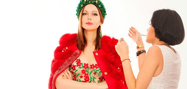Ирина Безрукова получила букет от тайного поклонника