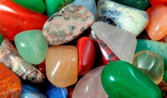 Камни-талисманы по знакам Зодиака