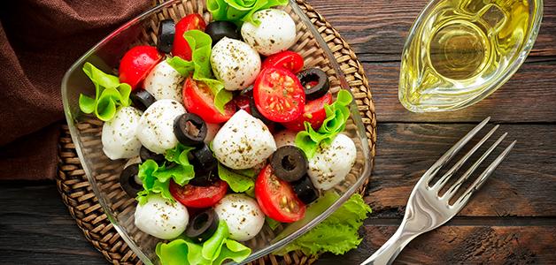 Капрезе - пошаговые рецепты итальянского салата