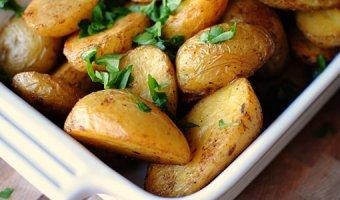 Картошка по-деревенски в духовке – 6 рецептов