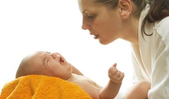 Причины колик у новорожденного