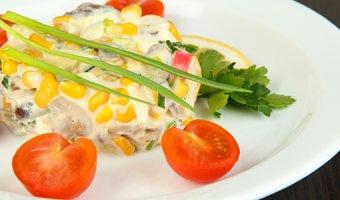 Крабовый салат – классические и оригинальные рецепты