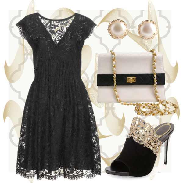Черное кружевное платье украшения к нему