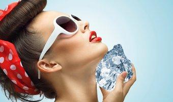Рецепты кубиков льда для сухой и чувствительной кожи