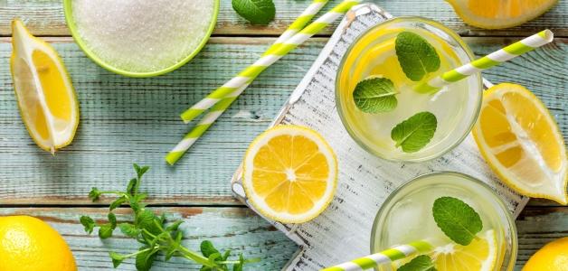 перетертый лимон с сахаром в банке