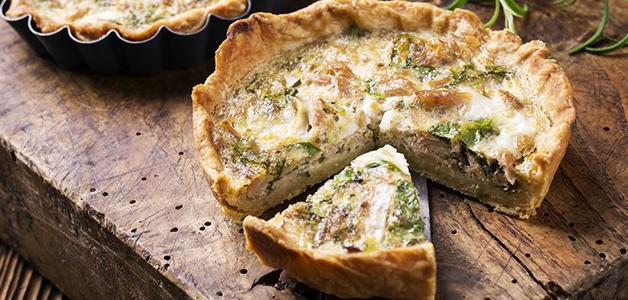 Лоранский пирог с брокколи