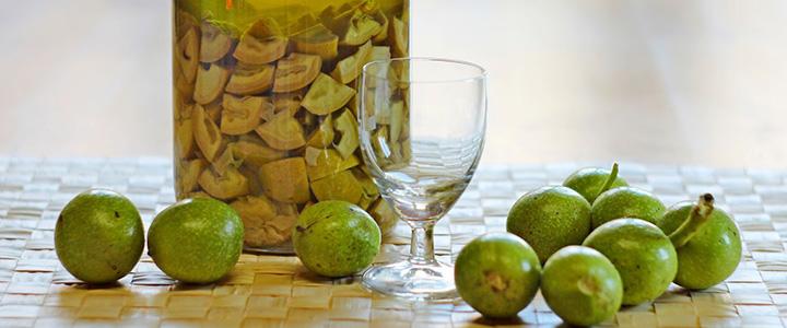 Настойка на перегородках грецкого ореха с медом