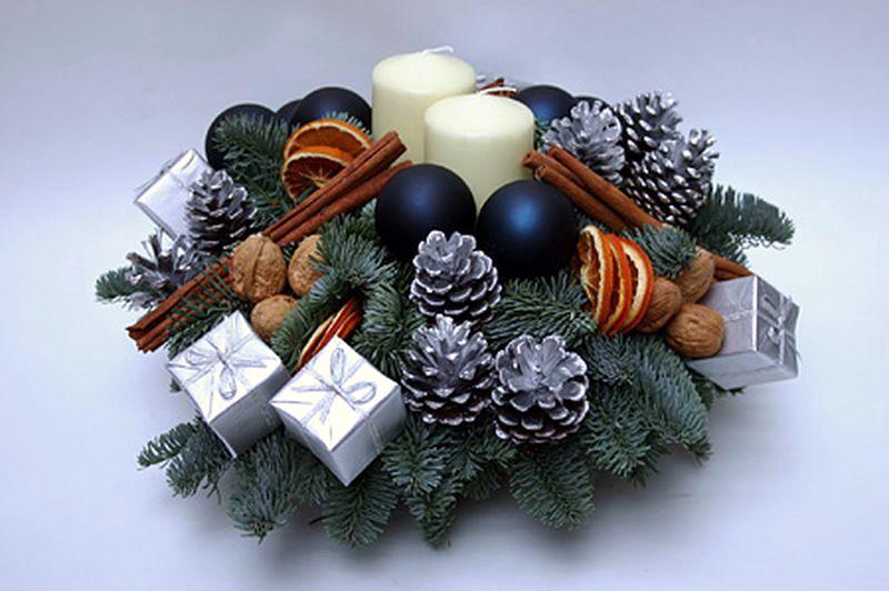 Как сделать новогоднюю композицию на стол своими