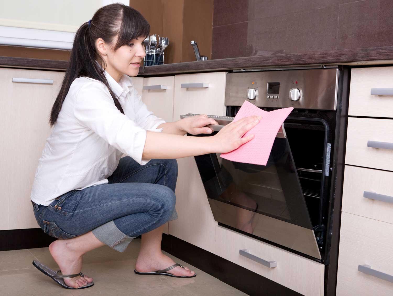Как очистить электродуховку от жира и нагара в домашних 89