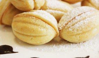 Орешки со сгущенкой – 4 рецепта из детства