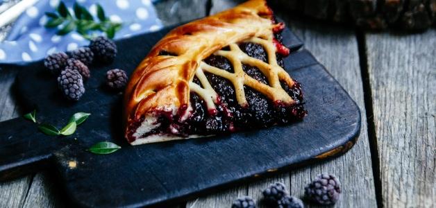 Пирог с ежевикой на кефире