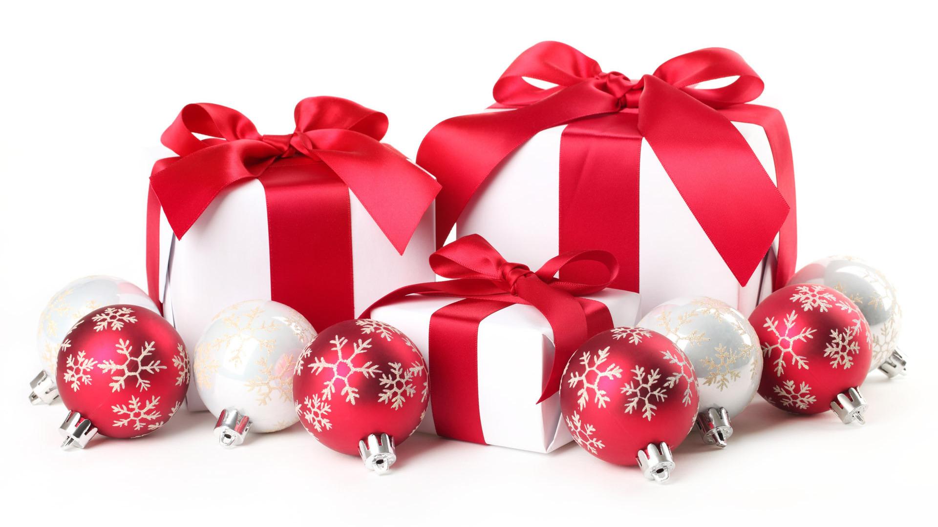 Что подарить девушке на Новый год 2016