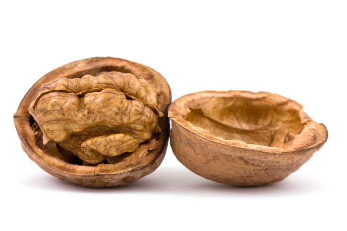 Грецкий орех - полезные свойства и противопоказания