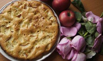 Постная шарлотка – 3 рецепта без добавления яиц