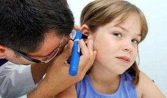 Серные пробки в ушах у детей – причины и способы избавления