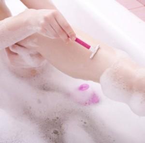 Как убрать раздражение кожи после бритья