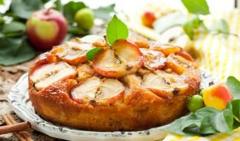 Блюда из яблок – вкусные угощения к столу