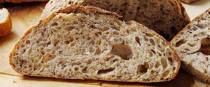 Ржаной хлеб в хлебопечке с сухофруктами
