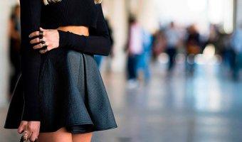 С чем носить кожаную юбку – образы на любой случай