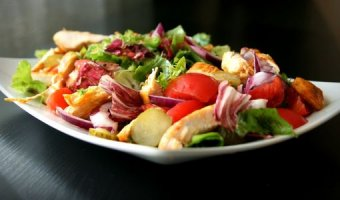 Салат из крапивы – пошаговые рецепты