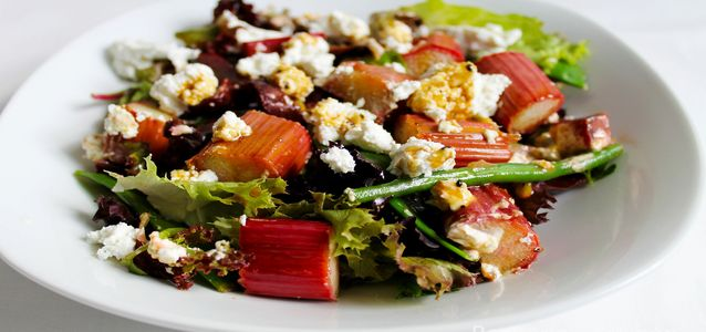 салат из ревеня рецепт