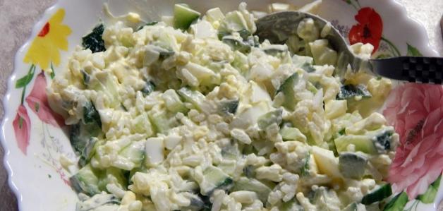 Салат из сныти и крапивы