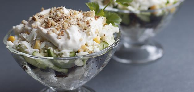 Салат «Нежность» с грецкими орехами
